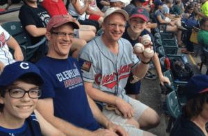 Greg Van Niel Catch four foul balls